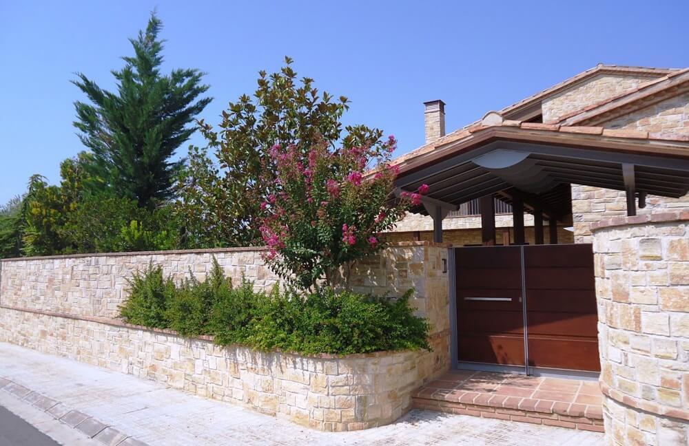 Josep-Ramon-Castella-1-entrada-habitatge-unifamiliar-Tarrega